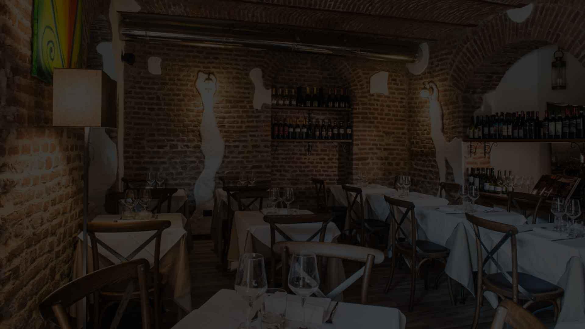 Osteria della Darsena ristorante navigli Milano e cocktails | Pranzo Cena cucina osteria Milano Navigli ristorante | Immagine slide 1