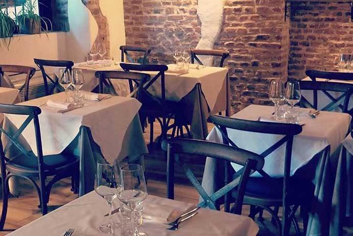 Osteria della Darsena ristorante navigli Milano e cocktails | Pranzo Cena cucina osteria Milano Navigli ristorante | Immagine Chi Siamo Home